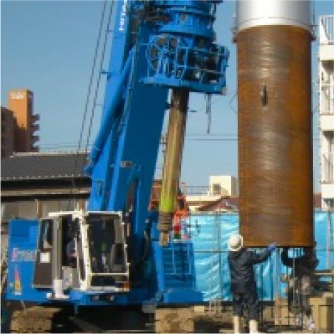 アースドリル鋼管杭工法